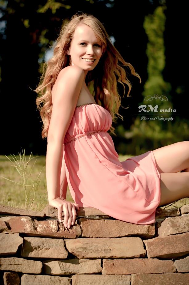 DSC_0930_Cleanse 3 & Deepen Smile-soft